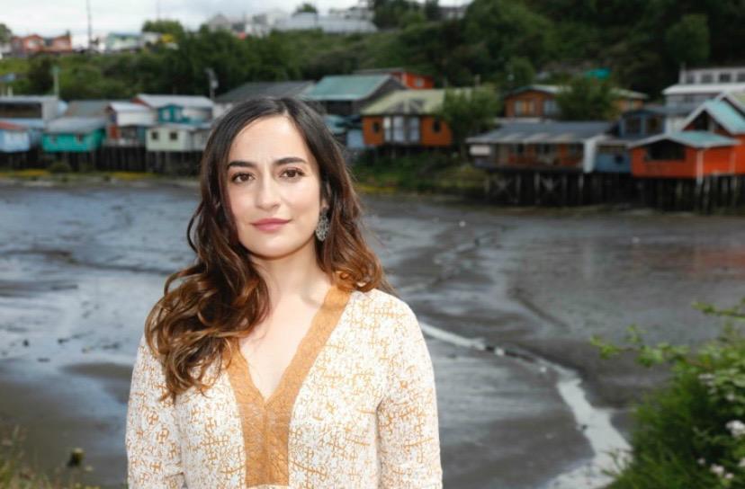 Adriana Ampuero: una voz insular e independiente por la descentralización y los derechos sociales en la Convención Constitucional