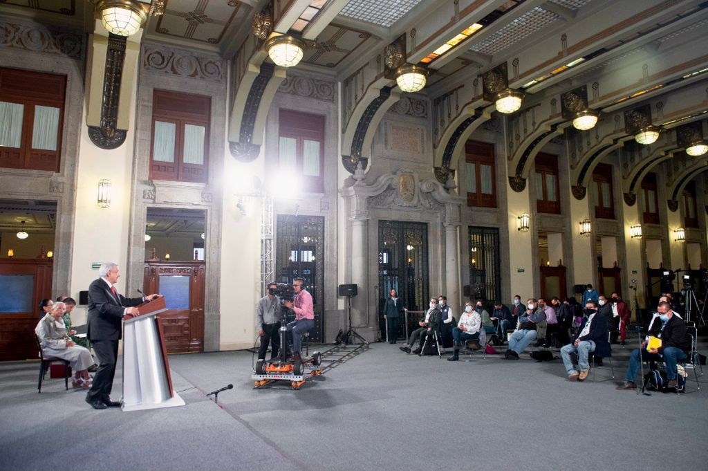 AMLO prepara cambios para la presidencia del Banco de México