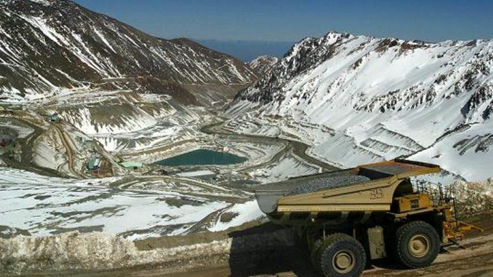 Anglo American: enemigo de los glaciares santiaguinos que actúa bajo complicidad del gobierno de Piñera