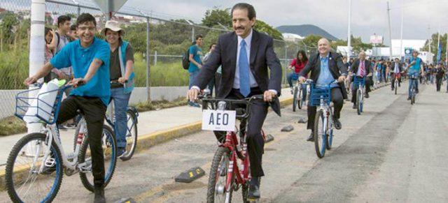Alfonso Esparza, boletín BUAP