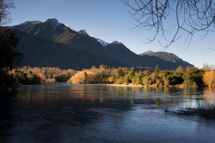 Comunidades Mapuche-Williche rechazan instalación de proyecto de piscicultura en el Río Calcurrupe