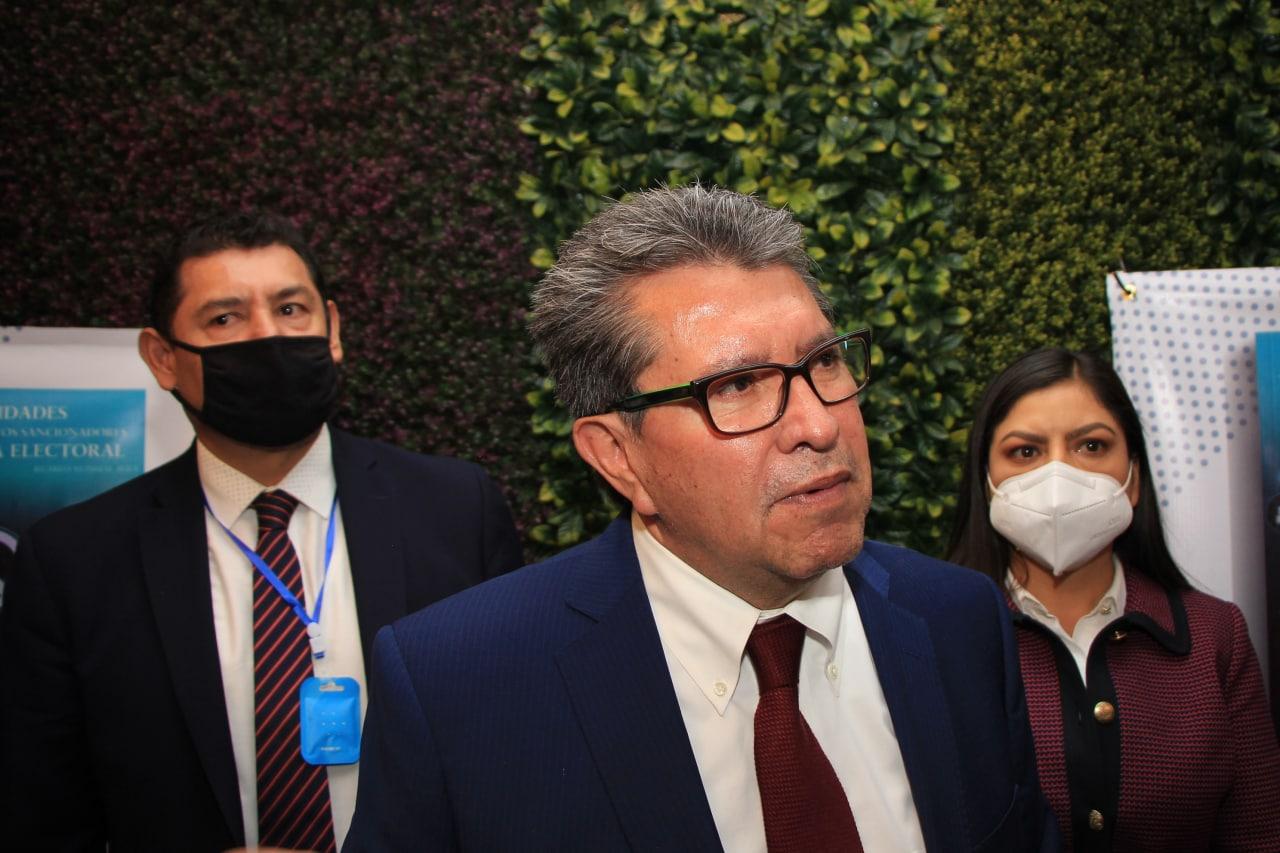 Ricardo Monreal manifiesta su apoyo a la candidatura de Claudia Rivera para la alcaldía poblana