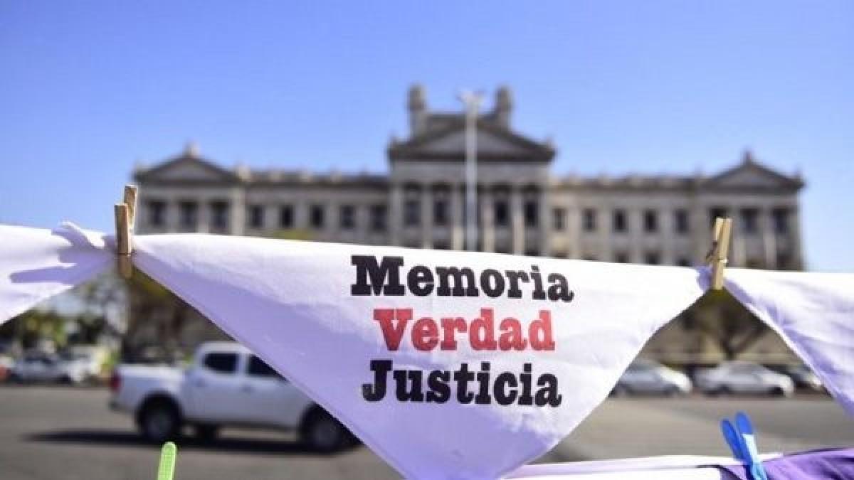 Activistas denuncian que se continúa encubriendo a la dictadura militar pese a la entrega de archivos por parte del Ministerio de Defensa de Uruguay
