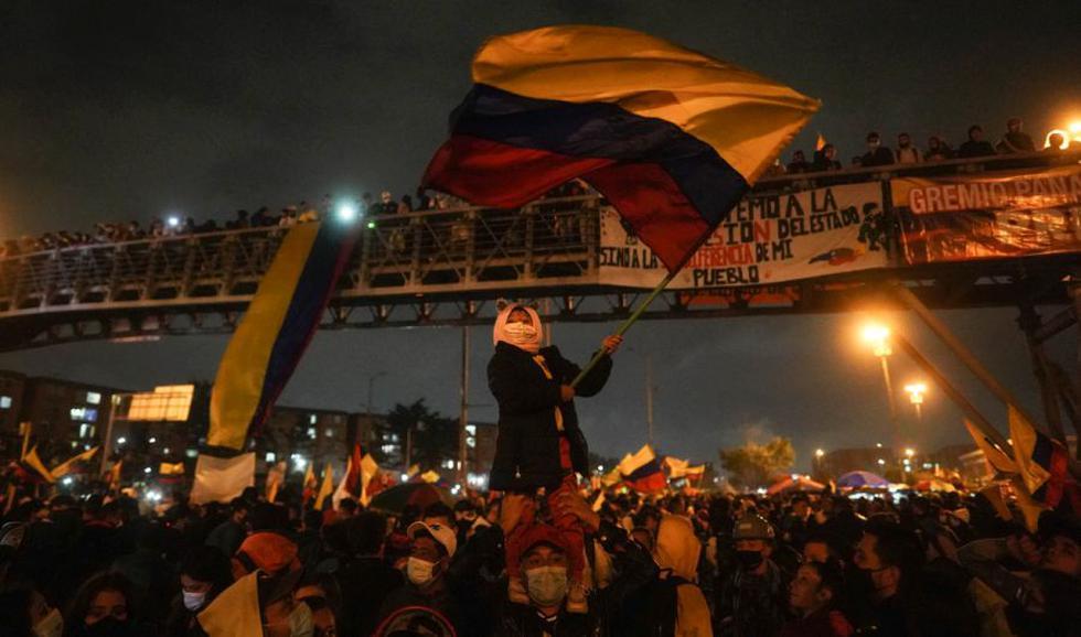 Duque tilda de «terrorismo urbano» protestas en su país y ordena plena asistencia militar en Popayán