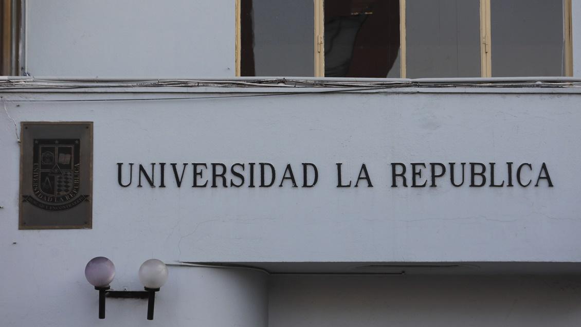 Consejo Nacional de Educación revocó reconocimiento oficial de la Universidad La República