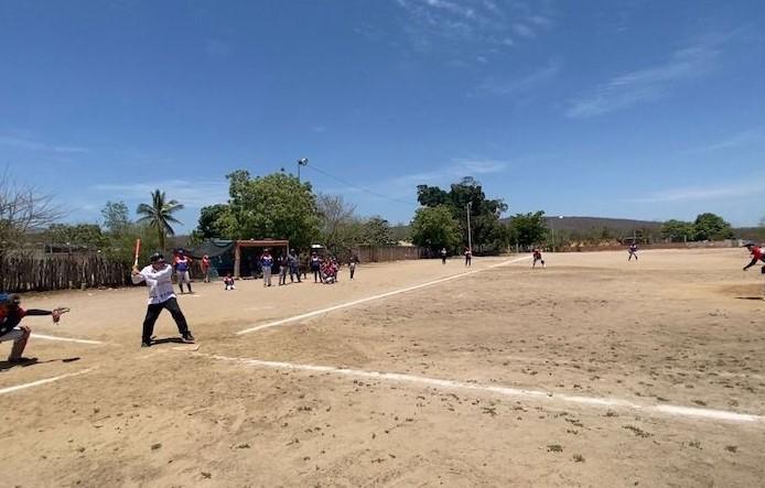 """Presume AMLO """"macanazos"""" en Sinaloa tras visitar presa Picachos"""