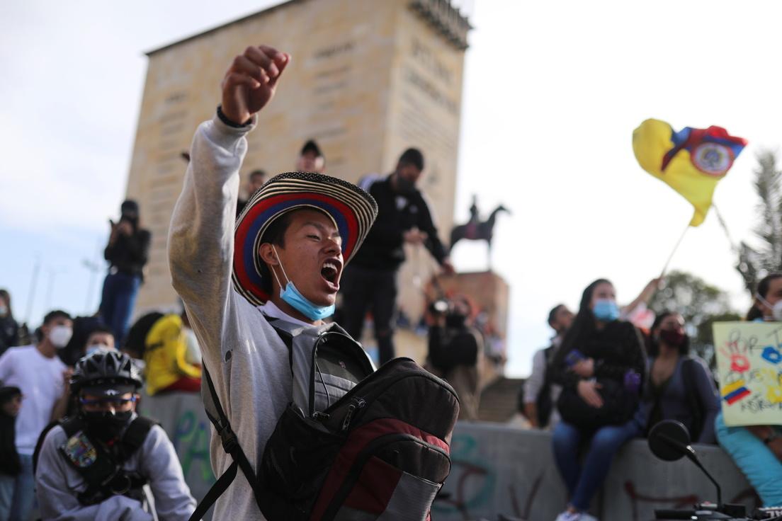 Colombia ¿Por qué la protesta social carga con la lucha campesina sobre las tierras?