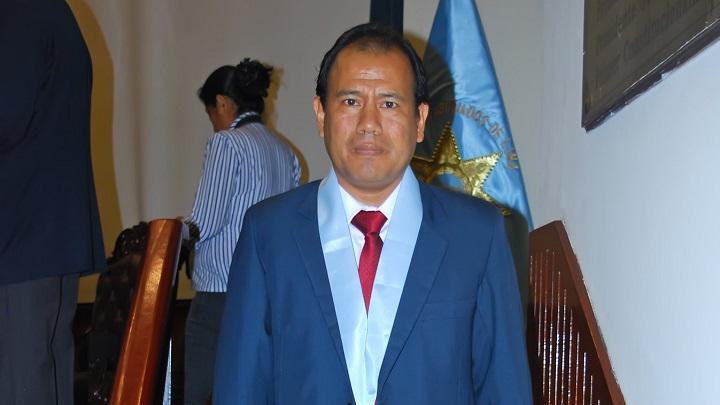 Edgar Tello, député élu : «Le Perú Libre postule un changement de modèle économique avec une nouvelle Constitution».