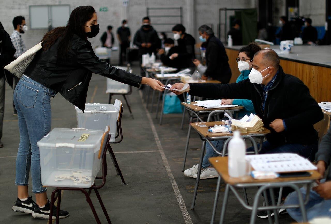 Elecciones del 15 y 16 de mayo: Colmed advierte que situación sanitaria «es bastante peor»