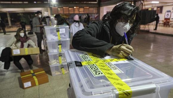 Baja participación electoral en sectores populares marcaron la primera jornada electoral