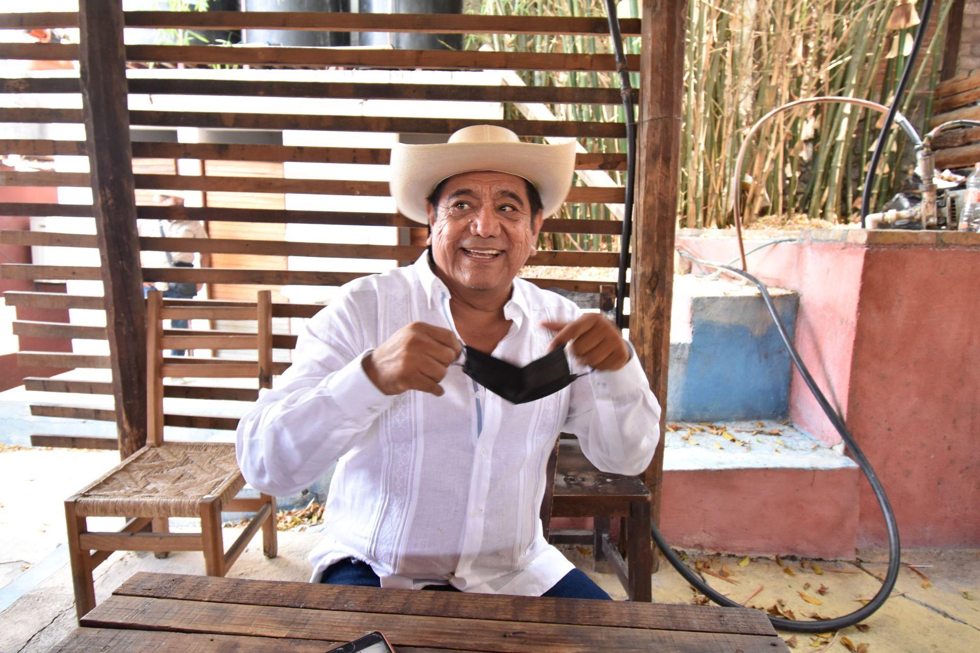 """""""Chingar"""" y """"bonito"""" al INE y al Tribunal, promete Félix Salgado"""