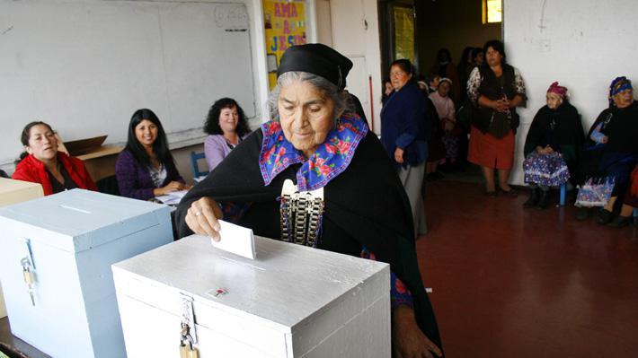 Senador Huenchumilla insta al pueblo mapuche a participar en las elecciones del 15 y 16 de mayo