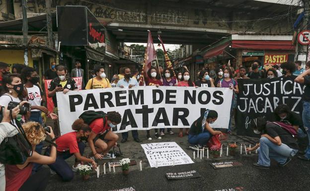 Sube a 28 el número de muertes por masacre en favela de Brasil
