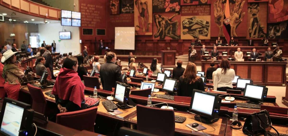 Parlamento de Ecuador ratifica protocolo de acuerdo de comercio e inversión con EE.UU.