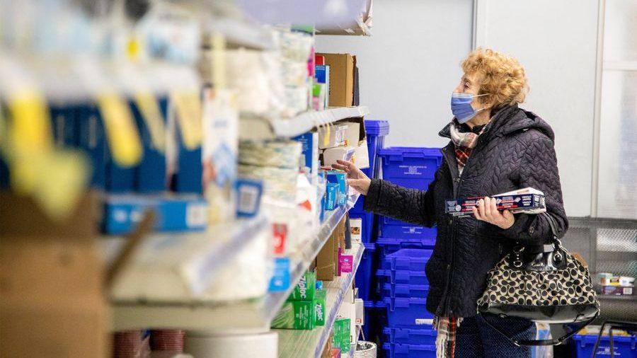 Cámara de Diputadas pide a Piñera fijar y estabilizar precios de productos de consumo básico