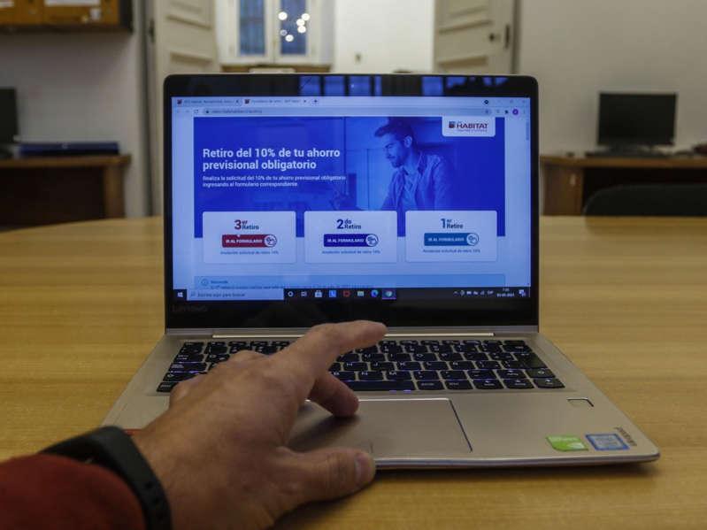 Deudas por pensión de alimentos: Justicia ha recibido más de 110 mil solicitudes de retención de fondos durante el «tercer retiro»