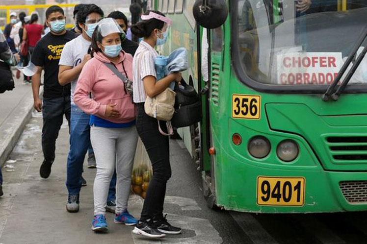 Transportistas en Perú anuncian paro por incumplimiento de medidas en contexto de pandemia