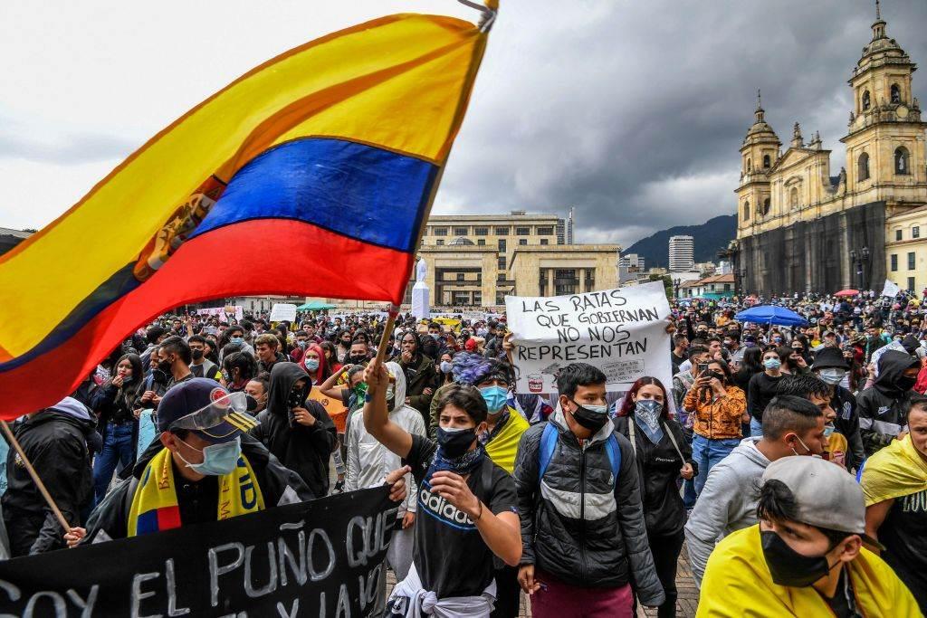 Diálogo paralizado en Colombia: protestas contra el modelo neoliberal se mantiene en las calles