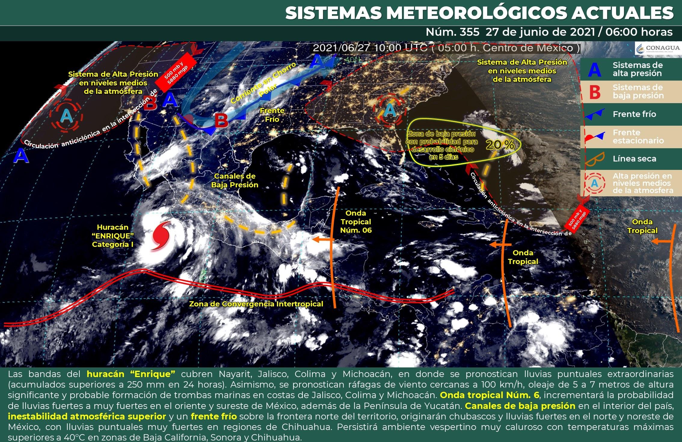 Huracán 'Enrique' deja lluvias en gran parte de México