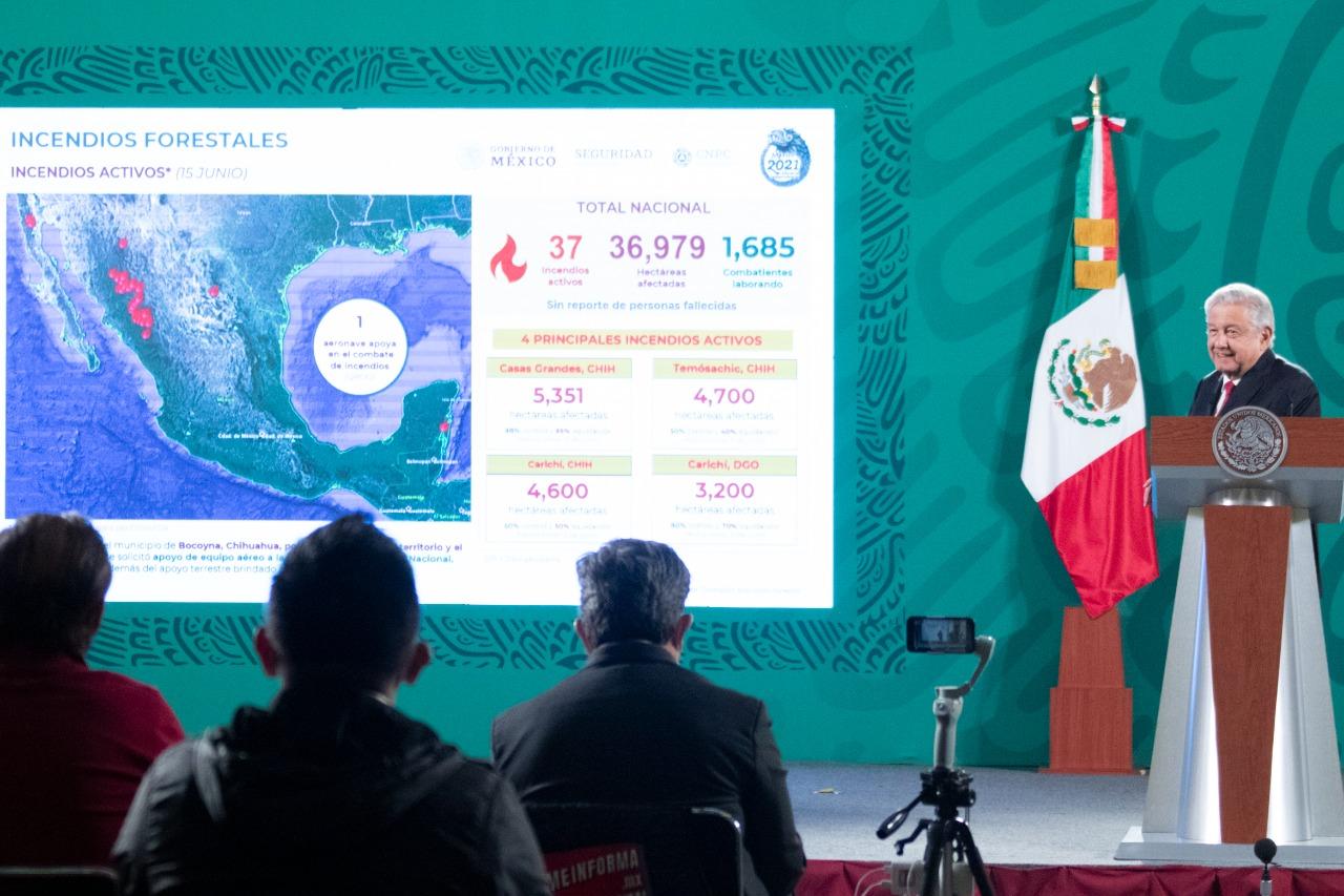 Nada va a impedir la justicia en el caso Ayotzinapa: López Obrador