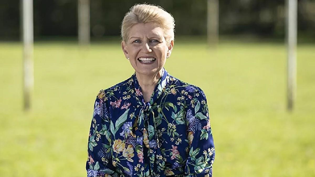 Debbie Hewitt se convierte en la primera mujer en presidir la Asociación Inglesa de Fútbol