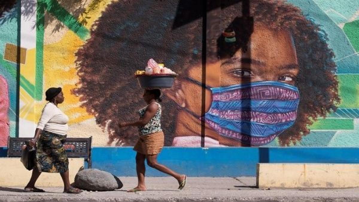 Haití suspende vacunación contra Covid-19