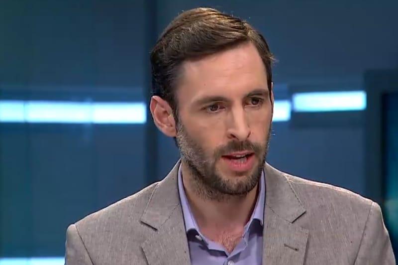 Crítica de Daniel Matamala a propuesta de medios de Daniel Jadue causa polémica en las redes