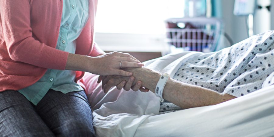 España se convirtió en el cuarto país del mundo en despenalizar la eutanasia