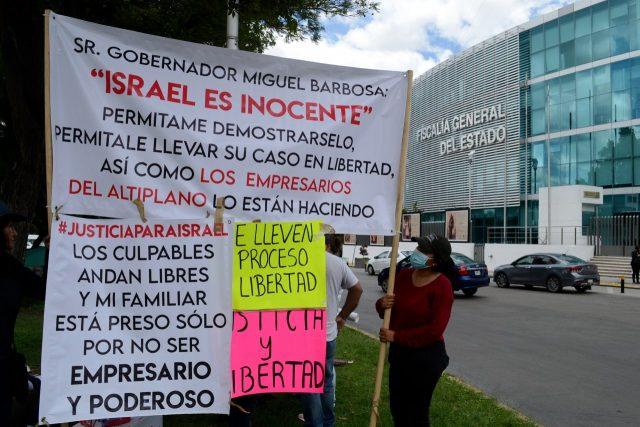 Los familiares de los mecánicos encarcelados por el helicopterazo piden justicia
