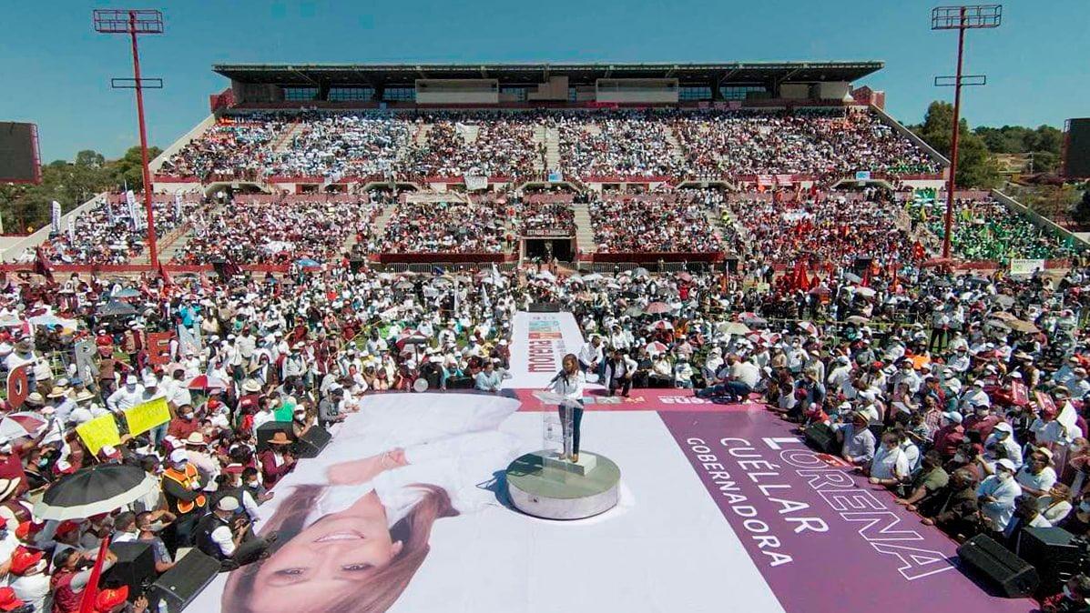 Lorena Cuéllar en su cierre de campaña
