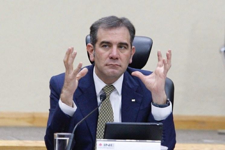 Consulta para revocar mandato de AMLO costará millones extras: INE