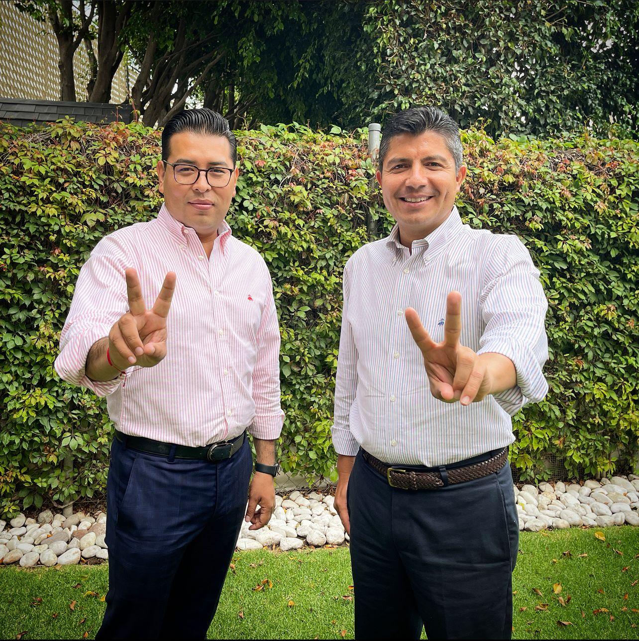Recibe Eduardo Rivera constancia de mayoría que lo acredita como alcalde electo