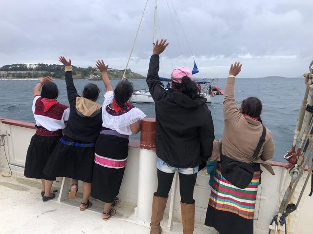 Escuadrón 421 llegando a las costas de Galicia