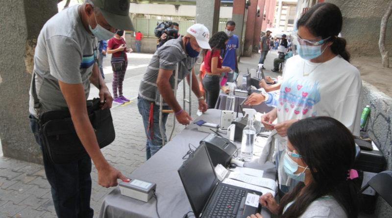 CNE venezolano contabiliza 431.122 nuevos inscritos en el registro electoral