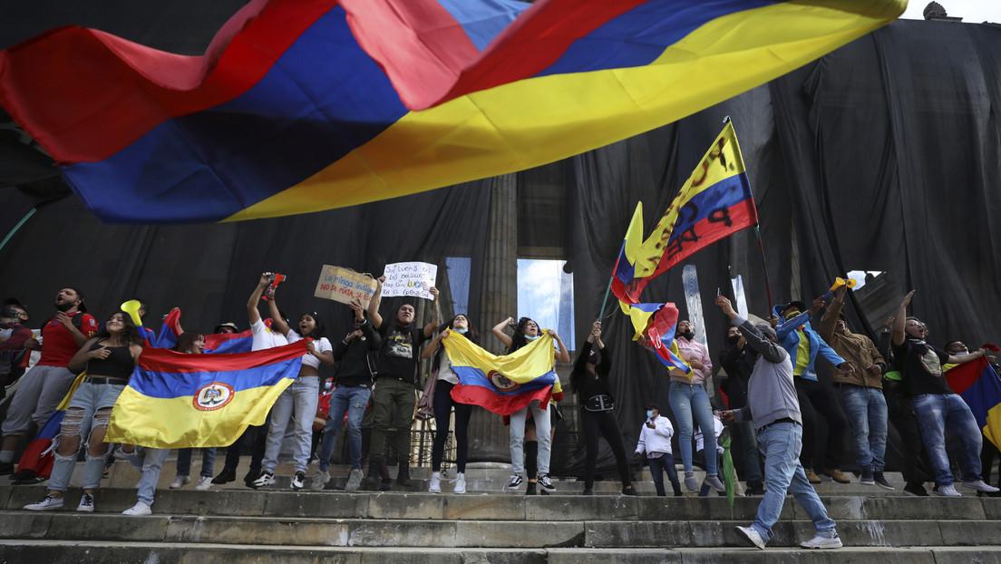 Colombia conmemora su independencia bajo fuerte presencia policial a la espera de una nueva jornada de manifestaciones
