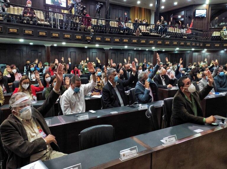 AN venezolana aprobó acuerdo que invalida actos legislativos del período anterior