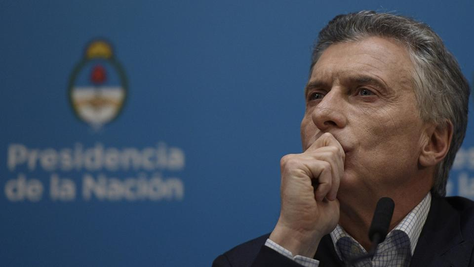 Canciller boliviano revela que Macri envió armamento al régimen de Jeanine Áñez