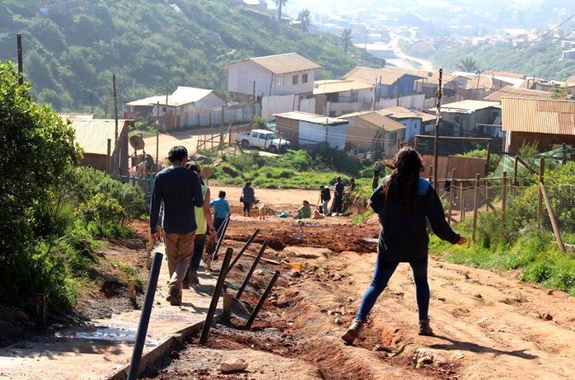 Analizan «preocupantes resultados» de última encuesta Casen: Pobreza extrema se duplicó en Chile
