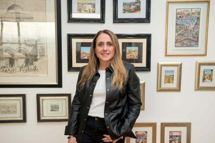 Amor juvenil en otras tierras: María José Aguayo lanza su primera novela 'El destino del corazón. Saber amar'