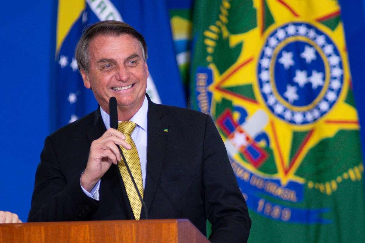 Bolsonaro amenaza con cancelar las elecciones presidenciales de 2022