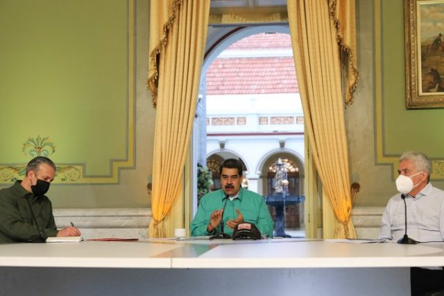 Maduro actores perturbaciones