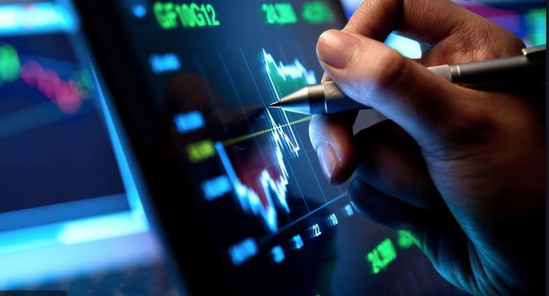 ¿Cuál es la relación entre las plataformas de crypto trading y el mercado?