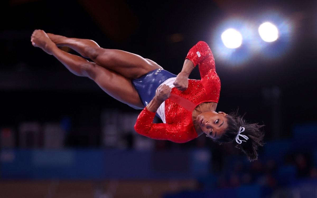 La gimnasta Simone Biles y el coraje de darle importancia a la salud mental