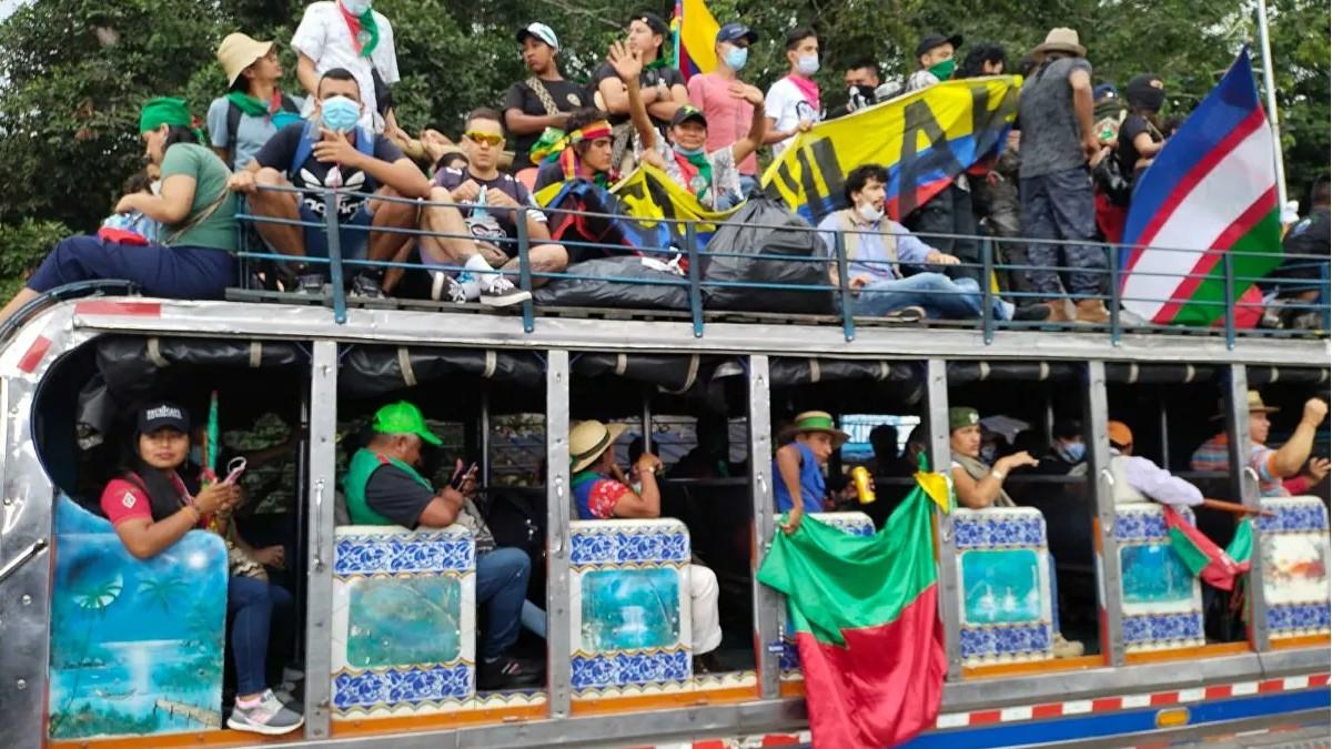 Colombia: Indígenas en Bucaramanga proponen consulta popular para superar la crisis