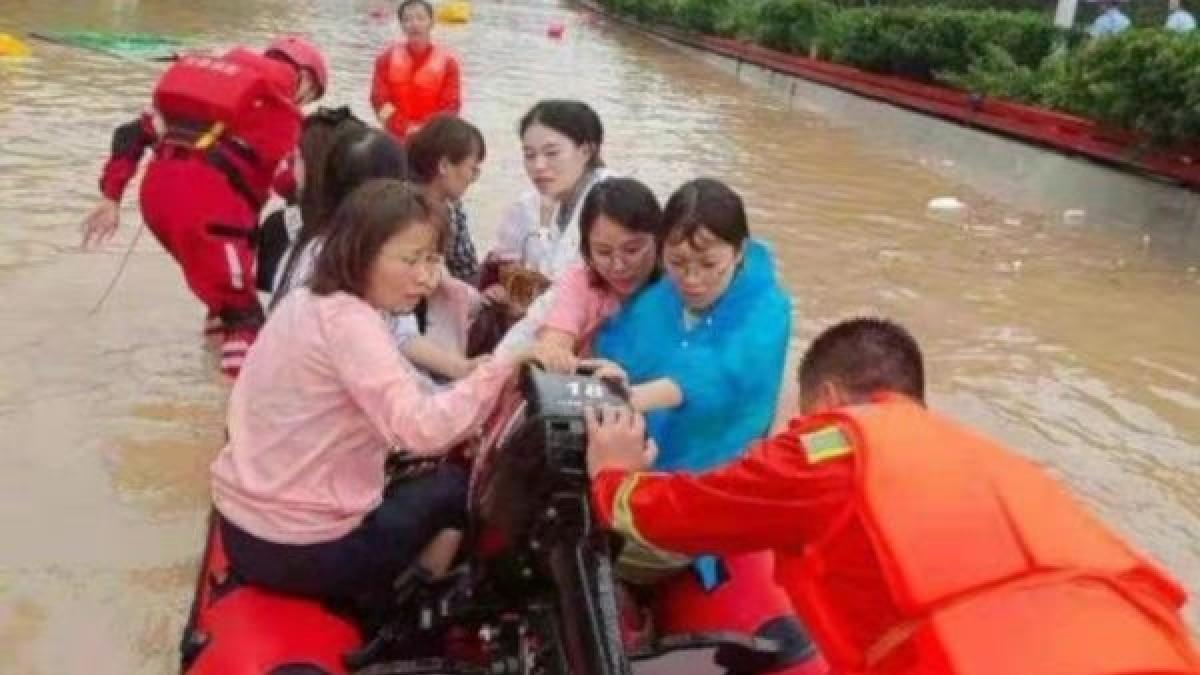 Asciende a 33 el número de fallecidos por las inundaciones en China