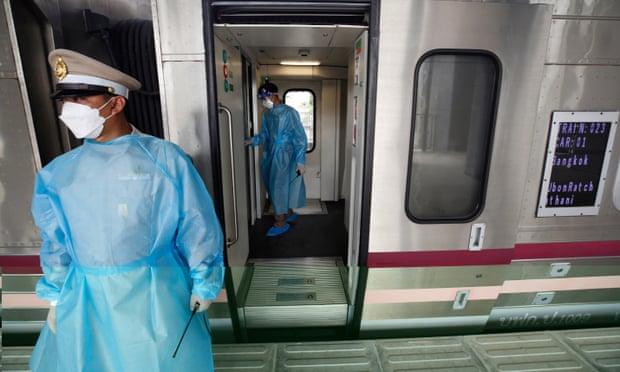 Mortífera ola de COVID-19: Tailandia usa sus trenes para traslado de pacientes