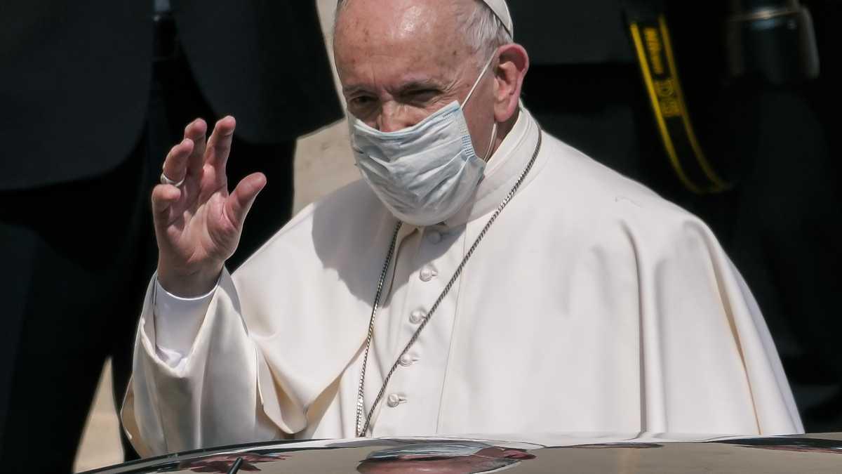 El Papa Francisco se recupera con éxito de una operación programada de colon