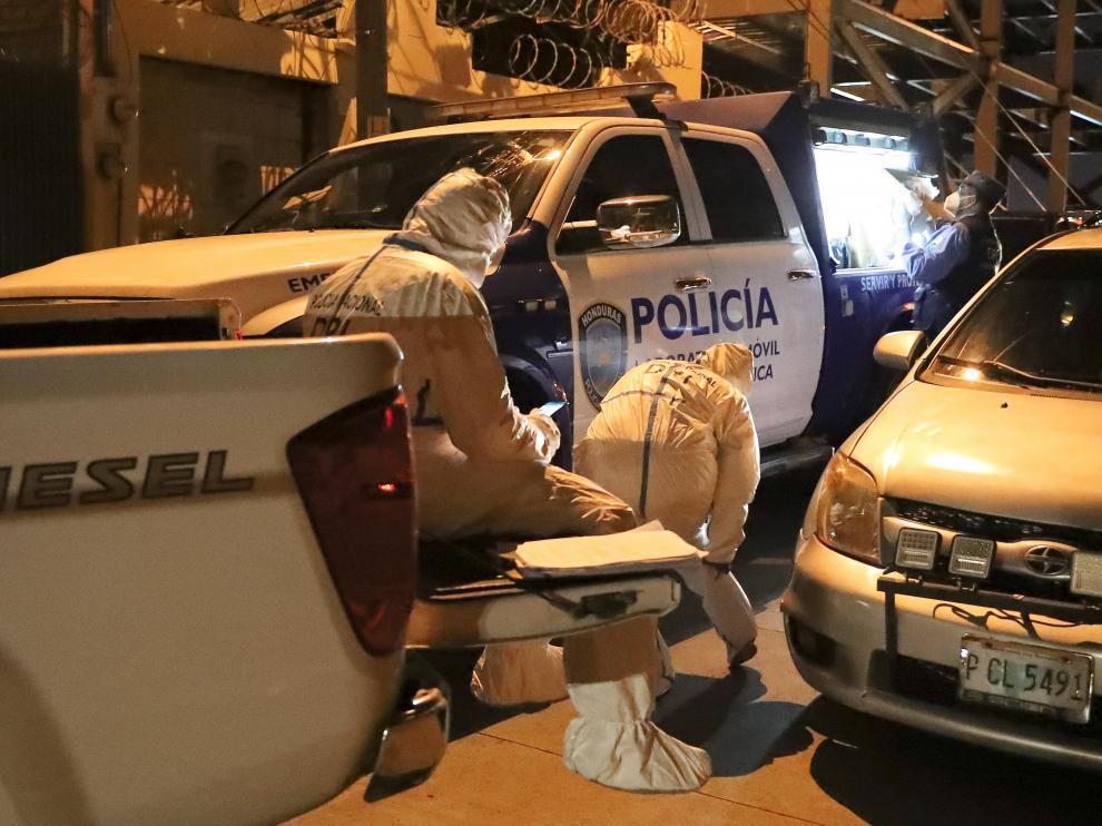 Asesinan a tiros a exdiputada hondureña Carolina Echeverria y dejan gravemente herido a su esposo