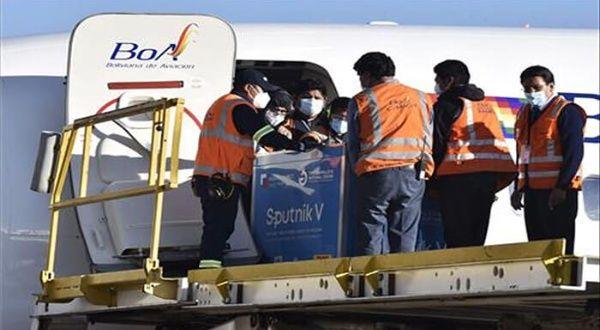 Bolivia recibe nuevo lote de Sputnik V y vacunación se acerca al 30 % de la población
