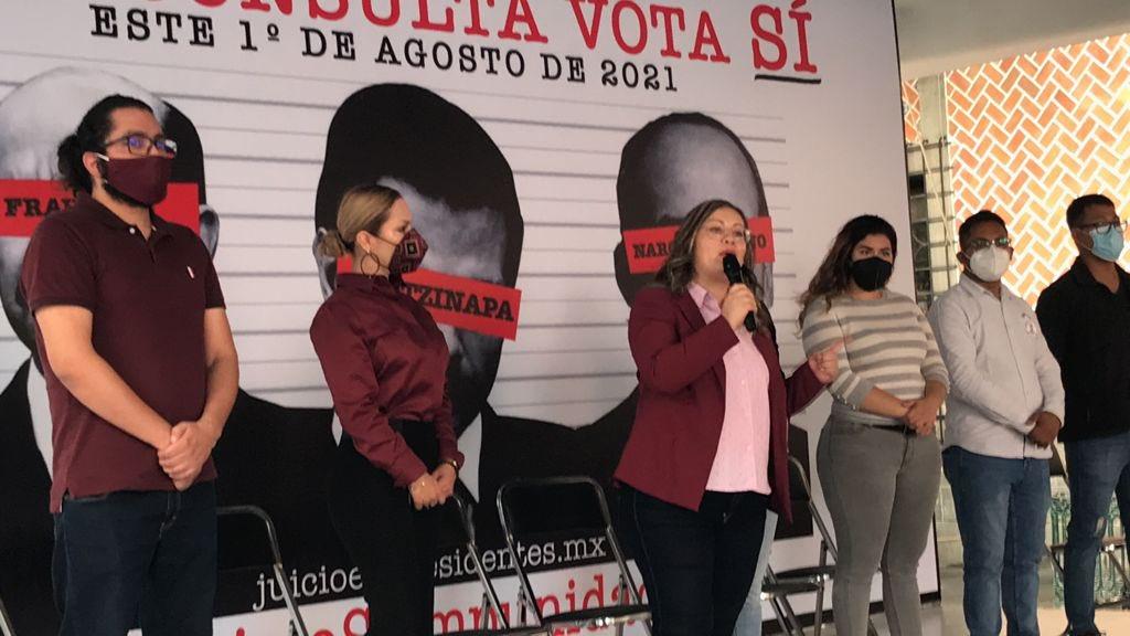 Morenistas llamando a la participación en la consulta popular